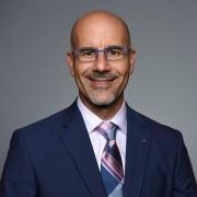 <br />Dr. Willian Mourad